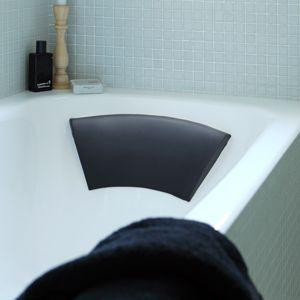 kissen und nackenst tzen f r badewannen entspannt baden. Black Bedroom Furniture Sets. Home Design Ideas
